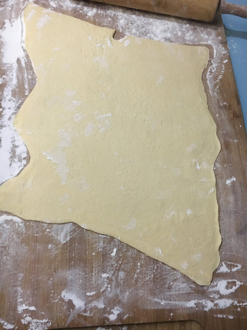 how to roll crescent dough sheet